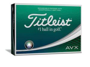 Kassi af Titleist AVX golfboltum